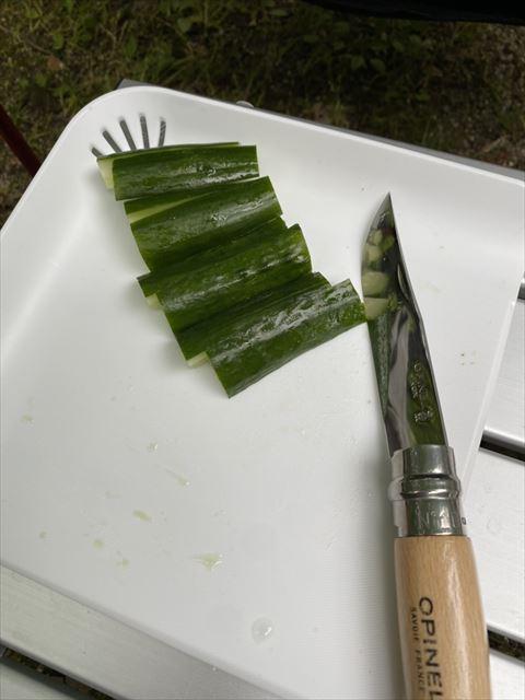 ソログルキャンで肴を作る